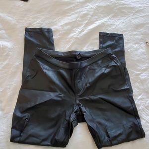 ladies sz s hue black pull on legging ankle pants